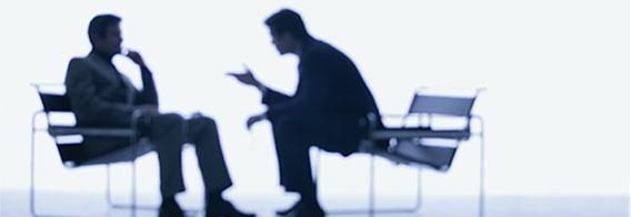 مشاور مدیر با مدیر چه تفاوتی دارد؟